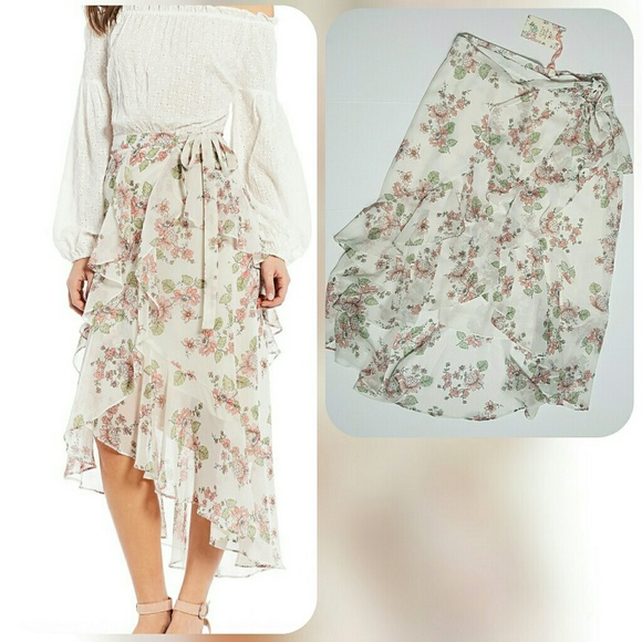 3eb9cf6ebe C V Floral Print Tiered Ruffle Hi-Low Wrap Skirt
